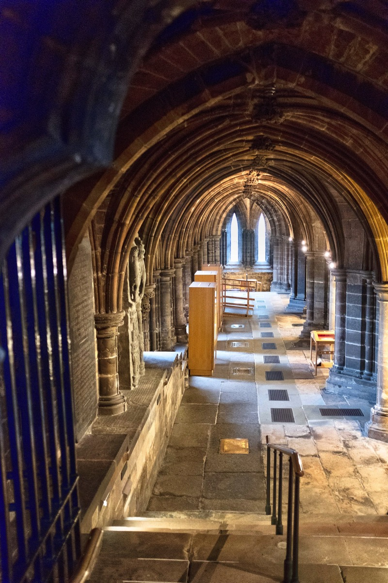 Glascow cathedral crypt