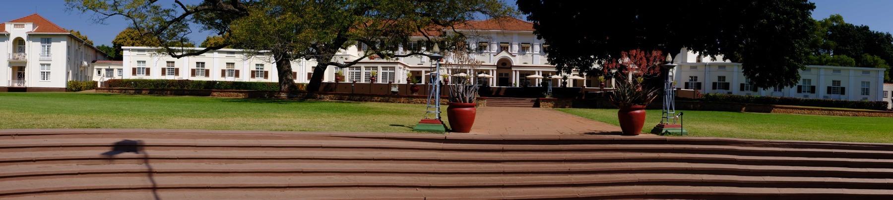 Victoria Falls Hotel pan